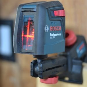 BOSCH | GLL 30 Self-Leveling Cross-Line Laser